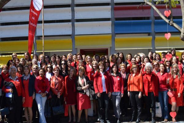 Mujeres de rojo